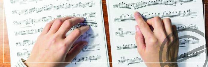 Müziği Okumak Mı, Kulaktan Çalmak Mı?